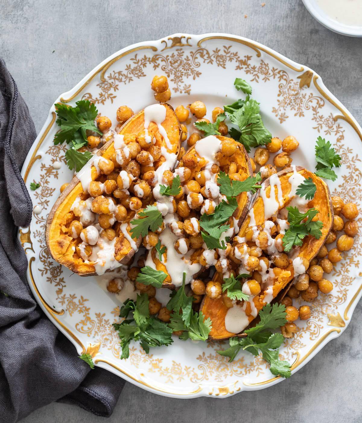 Geroosterde zoete aardappel met kikkererwten