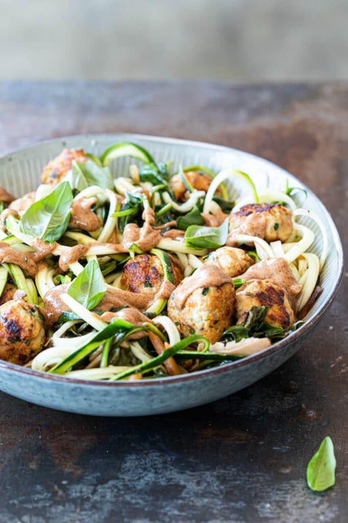 Courgettepasta met spinazie