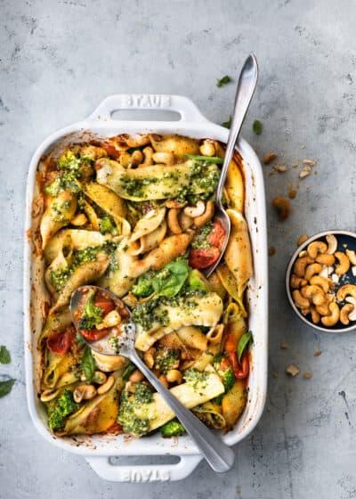 Pasta pesto met brie uit de oven van Uit Paulines Keuken
